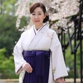卒業式の先生の袴