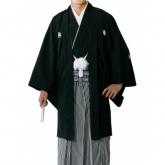 男性教職員の袴スタイル